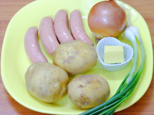 Khoai tây xào xúc xích ngon tuyệt-1
