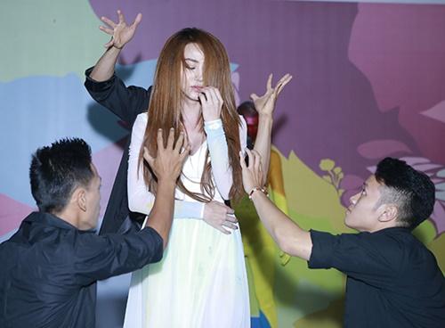 Ngân Khánh từ chối chia sẻ về đám cưới với chồng Việt kiều-7