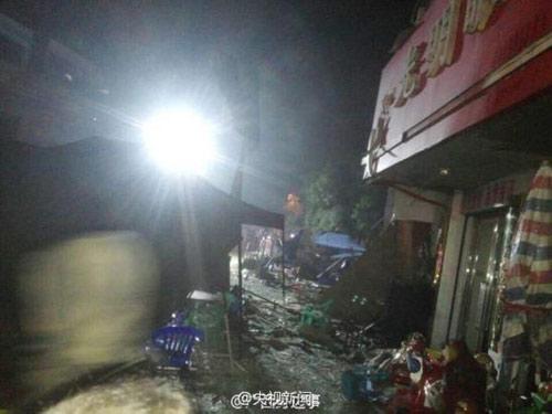 TQ: Nổ gas tại cửa hàng ăn khiến 25 người thương vong-4