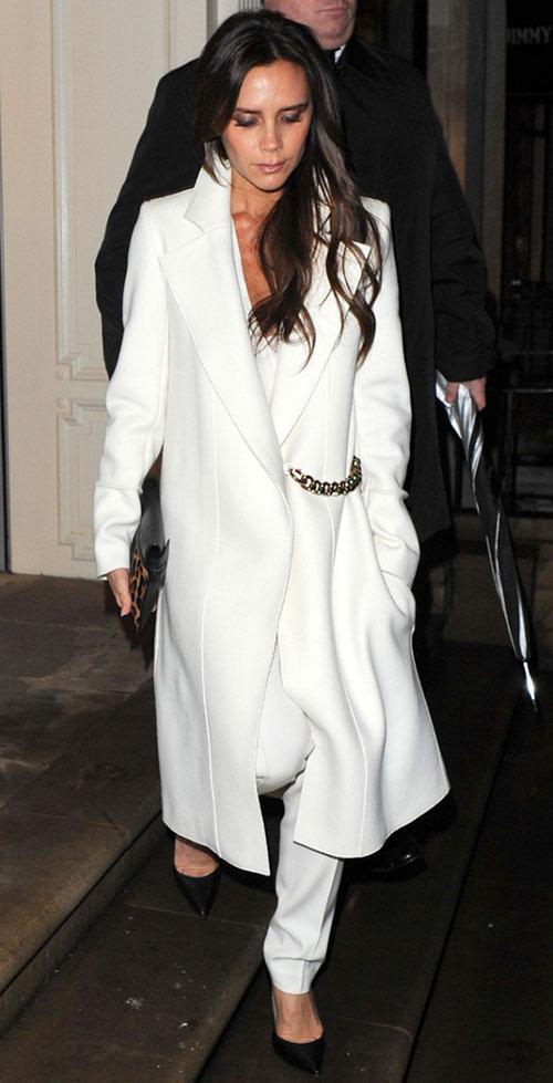 4 cách mặc áo khoác dáng dài thật đẹp cho mọi vóc dáng-9