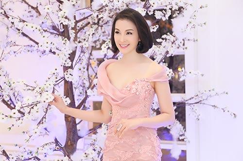 """hh dieu hoa """"do"""" nhan sac khong tuoi voi thanh mai - 5"""
