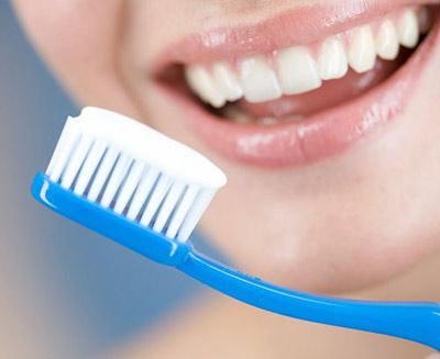 Ngủ dậy đánh răng, thói quen có nên thay đổi?-1