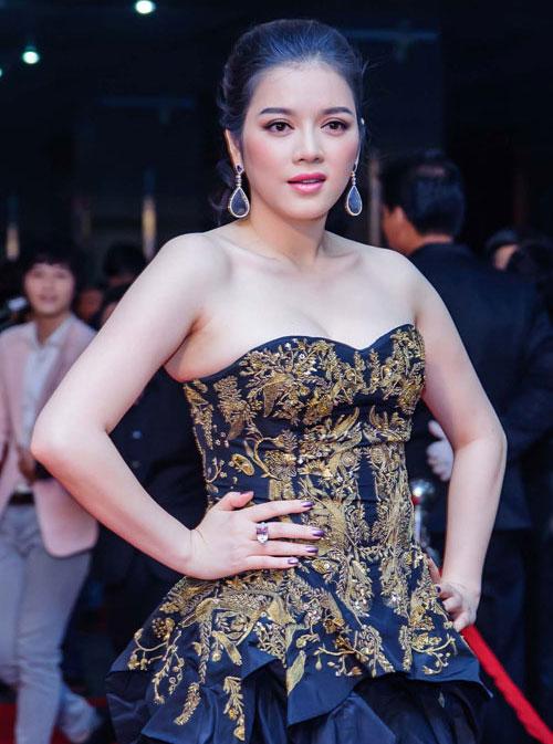 Người đẹp Việt mũm mĩm vẫn rất quyến rũ-12