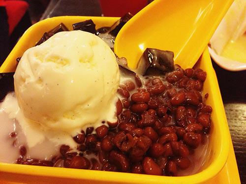 Đi ăn chè Hongkong kiểu... kiếm hiệp ở Quận 5 - 9