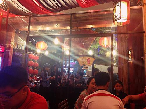 Đi ăn chè Hongkong kiểu... kiếm hiệp ở Quận 5 - 1