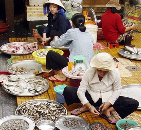 Tràn lan tôm độc hại ở chợ-1