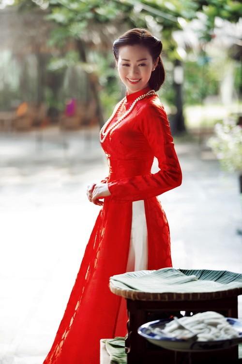 khanh my duyen dang ao dai duoi nang xuan - 3