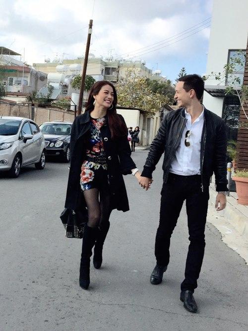 Trương Ngọc Ánh - Kim Lý nắm tay lãng mạn tại đảo Síp-3