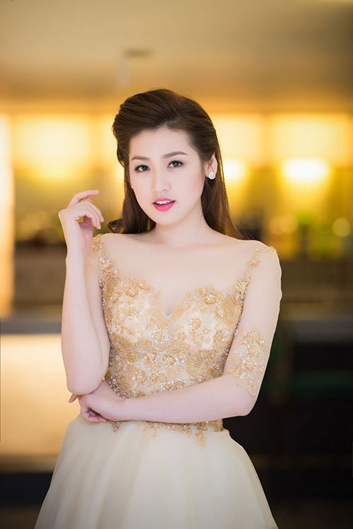 Thụy Vân, Dương Tú Anh xinh đẹp như công chúa-4