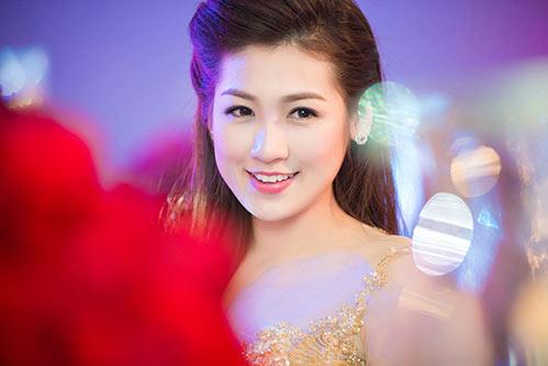 Thụy Vân, Dương Tú Anh xinh đẹp như công chúa-7