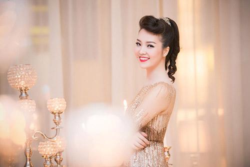 Thụy Vân, Dương Tú Anh xinh đẹp như công chúa-3