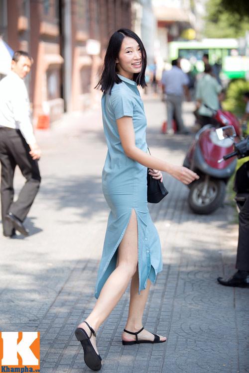 Trang Khiếu đầy sức sống trên đường phố Sài Gòn-2