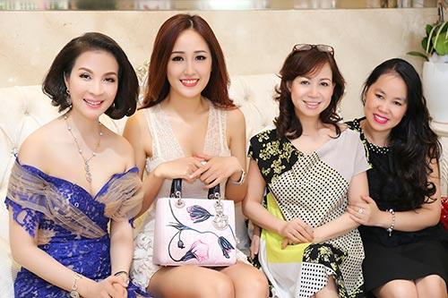 mai phuong thuy dep ngot ngao den chuc mung thanh mai - 3