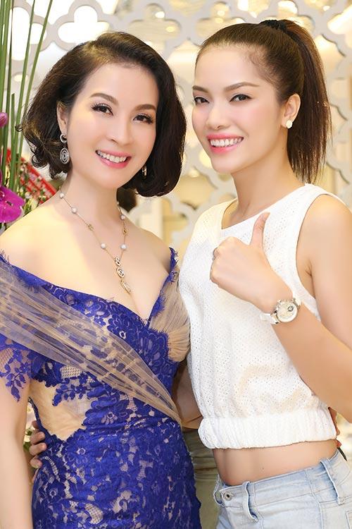 mai phuong thuy dep ngot ngao den chuc mung thanh mai - 4