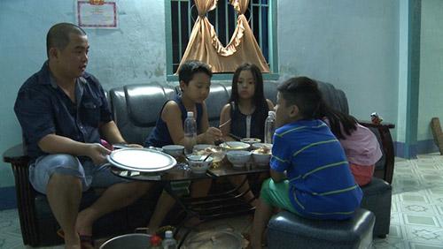 "minh khang mang con trai tran luc ""khong kieng ne"" - 3"