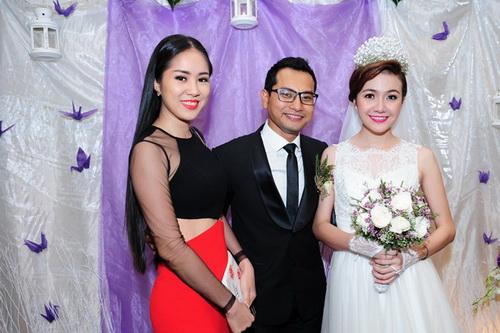 dong nhi, noo phuoc thinh dan dau top 3 htv awards - 2