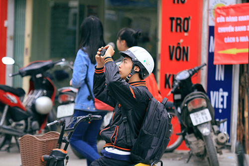 hang loat co thu duong nguyen trai - tran phu bi don ha - 14
