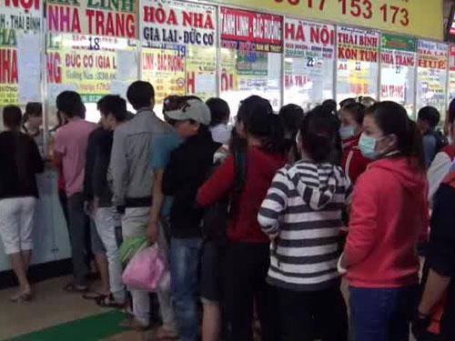 doanh nghiep tang gia ve xe bat chap xang dau giam 40% - 1