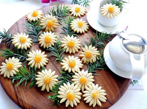 banh quy hinh hoa cuc chao don xuan - 8