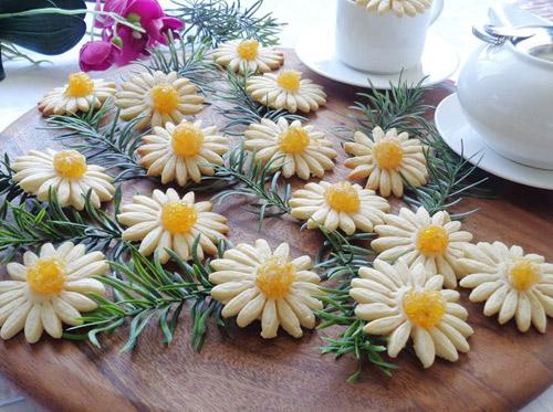 banh quy hinh hoa cuc chao don xuan - 10