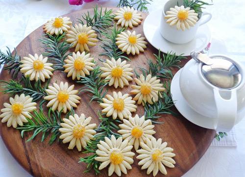 banh quy hinh hoa cuc chao don xuan - 6
