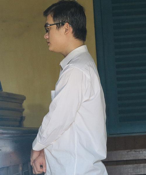 'phi cong tre' do nuoc soi vao mieng con nguoi tinh - 2