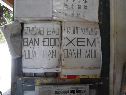 nguoi dan ong lay nha lam thu vien tinh nguyen - 2
