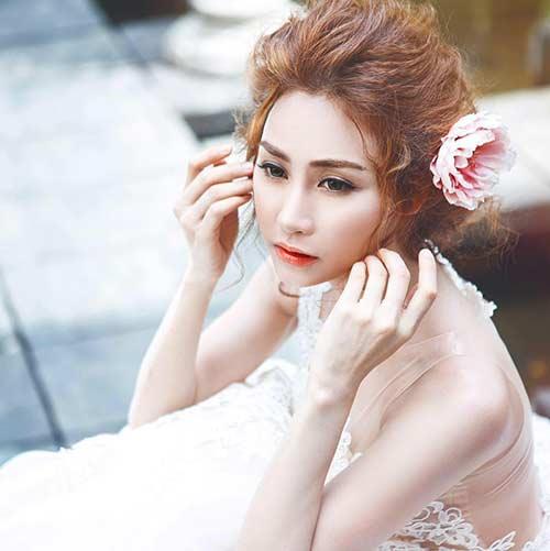 """2 nguoi chong dai gia """"bi an"""" cua my nhan showbiz - 1"""