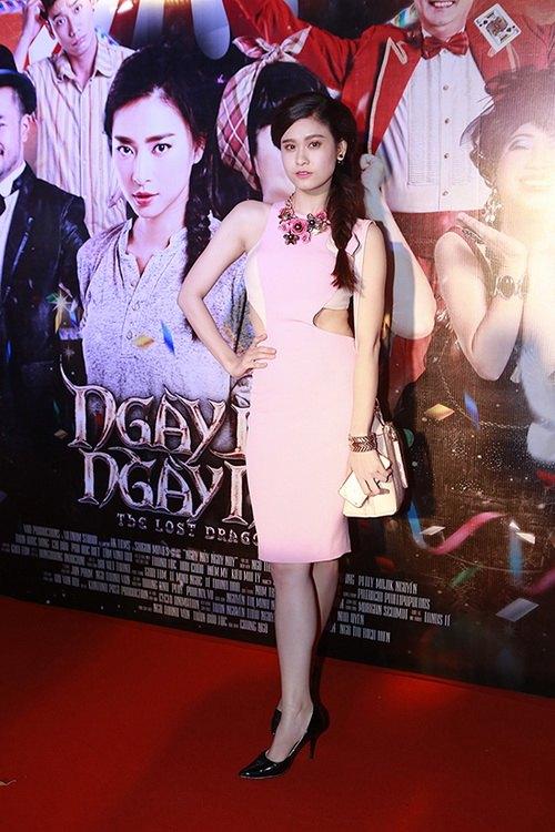 """fan choang vang vi toc tien """"mac nhu khong"""" - 17"""