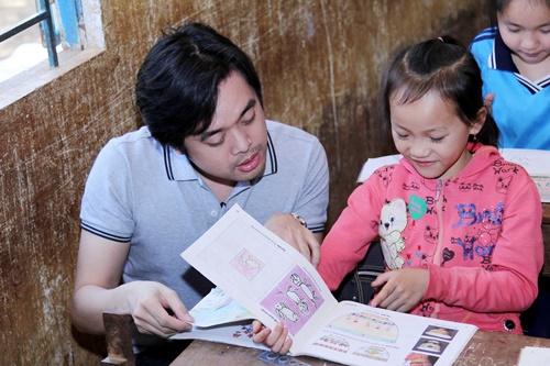 trang phap va nguoi yeu ung ho dong bao kho khan don tet - 9