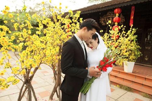 le quyen hao hung dien ao dai don tet - 10