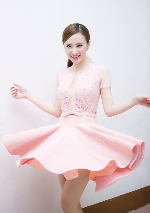 fan vay kin trong sinh nhat nua dem cua angela phuong trinh - 2