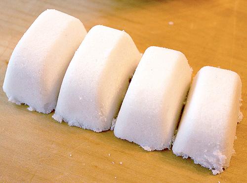 Tự làm nước rửa chén tại nhà bằng muối, giấm, chanh - 5