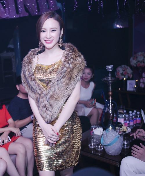 angela phuong trinh goi cam don sinh nhat tuoi 20 - 1