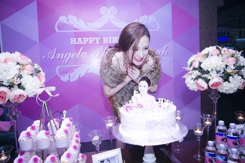 angela phuong trinh goi cam don sinh nhat tuoi 20 - 6