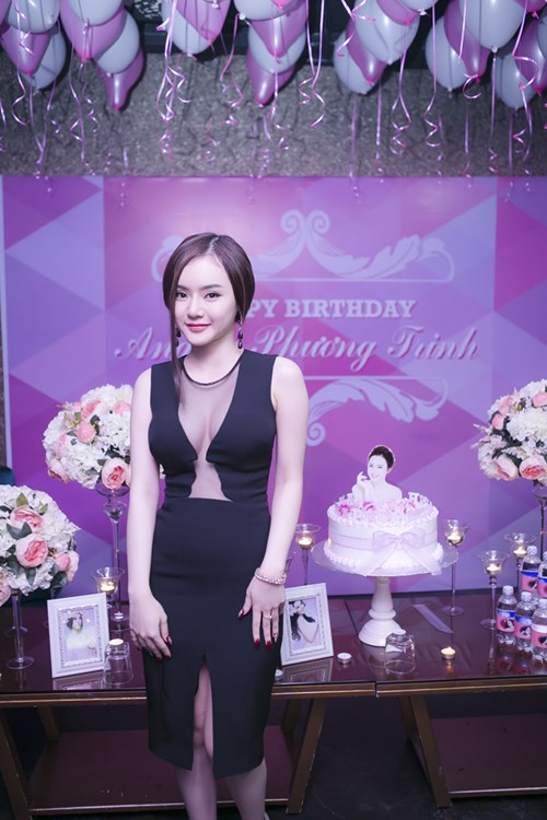 angela phuong trinh goi cam don sinh nhat tuoi 20 - 8