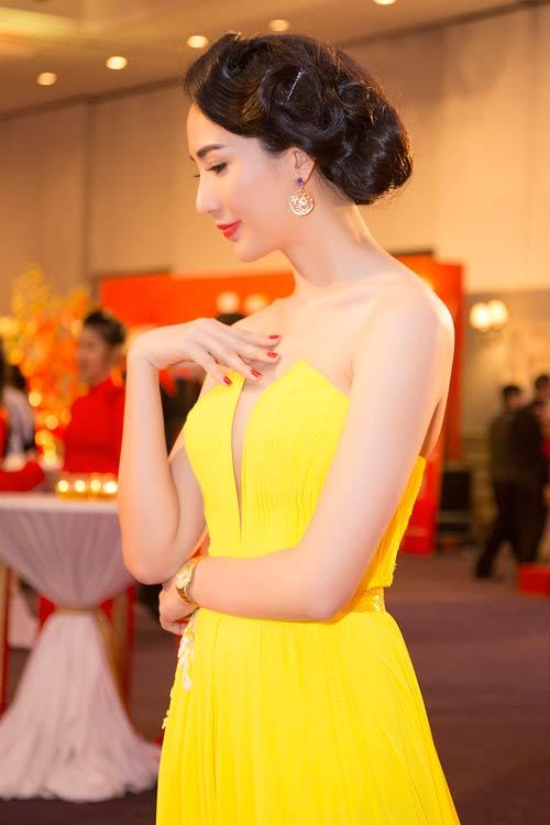"nathan lee sanh doi mai ho, ""ngo lo"" phuong mai - 9"