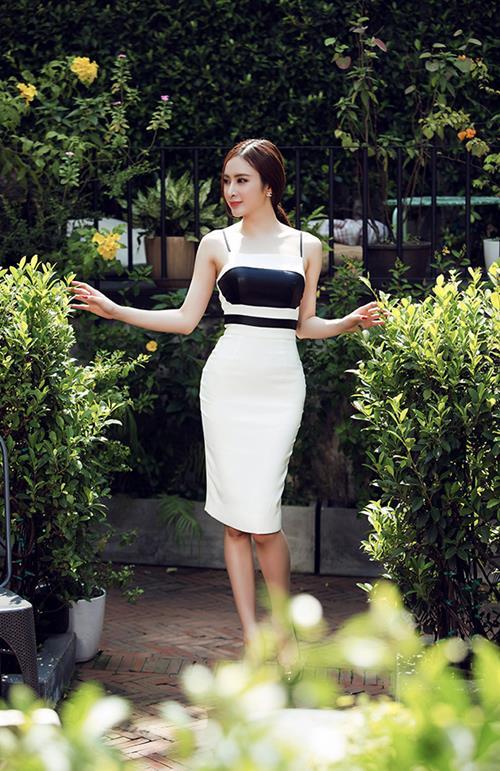 angela phuong trinh sexy kho cuong voi vay xuyen thau - 9