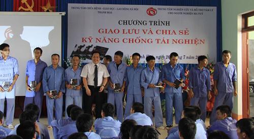 chuyen cua nguoi tung dao het con kenh chu u de cai nghien - 1