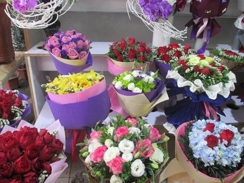 gia hoa tuoi tang chong mat dip valentine - 2