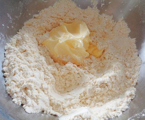 Bánh đậu xanh nướng giòn thơm đón nắng xuân-3