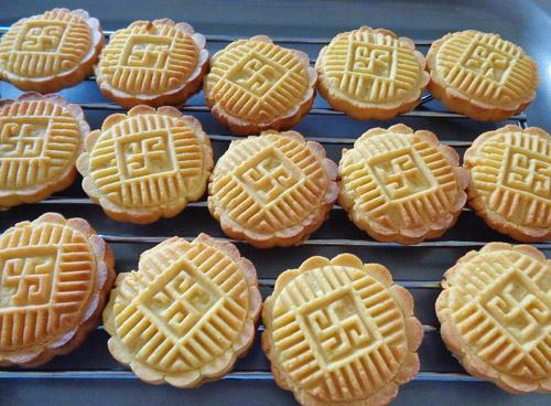 Bánh đậu xanh nướng giòn thơm đón nắng xuân-8