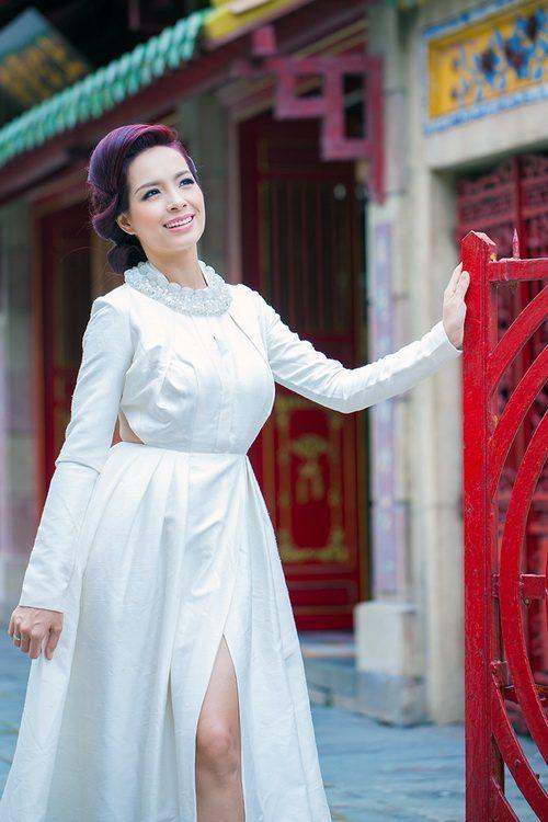 """thuy hanh mac ao yem """"noi loan"""" duoi nang xuan - 8"""