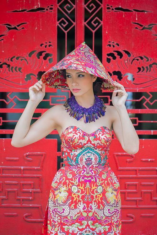 """thuy hanh mac ao yem """"noi loan"""" duoi nang xuan - 12"""