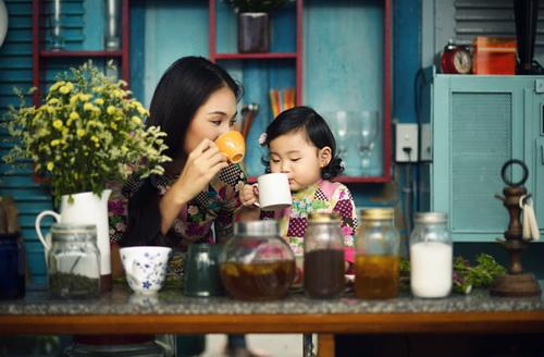 """ghen ti"" ngam con gai hh huong giang hon me - 13"