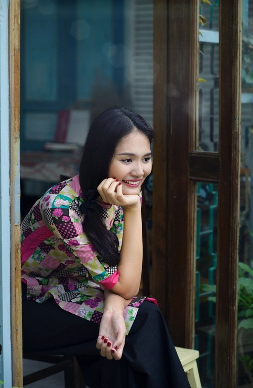 """ghen ti"" ngam con gai hh huong giang hon me - 2"