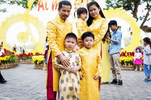 "gia dinh hung cuu long hanh phuc giua ""bao ly hon"" - 4"