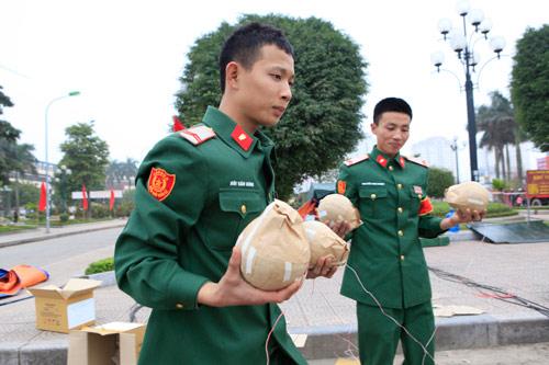hn: dan phao hoa bai giua song hong san sang cho giao thua - 8