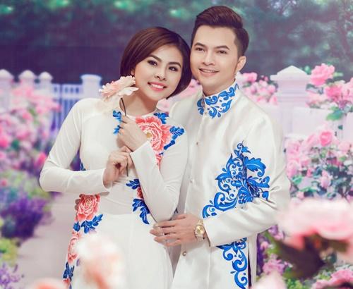 van trang dien ao dai e ap ben canh nam cuong - 6