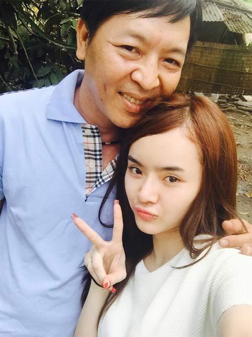 Angela Phương Trinh đón Tết cùng gia đình ở Long An-1